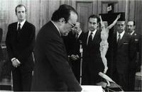 Fuentes Quintana, que en la foto jura como vicepresidente del Gobierno (julio de 1977), estaba muy preocupado por la Seguridad Social.