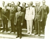 Consejo de Ministros presidido por Franco en San Sebastián. A la derecha, en segunda fila, Lopéz Rodó.