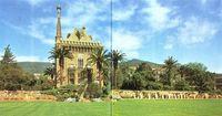 Gaudí. Belles Guard. Exterior.