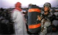 Mujer del ejército USA en Arabia.
