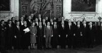"""""""Foto de Familia"""" de ña reunión de jefes de Estado y de Gobierno de la CEE, celebrada en Estrasburgo el 12 de diciembre de 1989."""