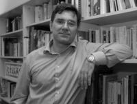 Rafael Llano, director de Nueva Revista.