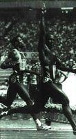 El gesto de triunfo del atleta Ben Johnson en Seúl (1988) quedaría truncado por la acusación, luego comprobada, de haber consumido sustancias prohibidas.