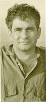 Bernardo Atxaga (pseudónimo de Joseba Irazu) nació en Azpeazu, Guipúzcoa, en 1951.
