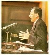 """Alfonso Guerra se dirige al pleno del Congreso dedicado al """"caso Juan Guerra"""" (1-2-90)"""