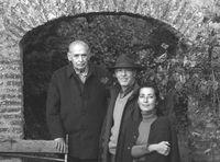 Antonio Fontán con Eugenio Fontán Oñate y Myriam Darnaude.