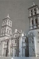 Fachada de la catedral de Puebla (México).