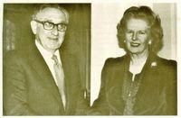Henry Kissinger y Margaret Thatcher.