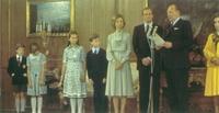 Don Juan de Borbón, Conde de Barcelona, cede sus derechos históricos y la titularidad de la dinastía a su hijo Don Juan Carlos.