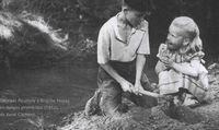 Georges Poujouly y Brigitte Fossey en Juegos prohibidos (1952), de René Clement.