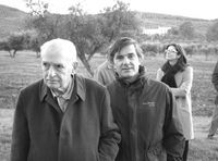 Antonio Fontán, Rafael Llano y al fondo Nazareth Echart
